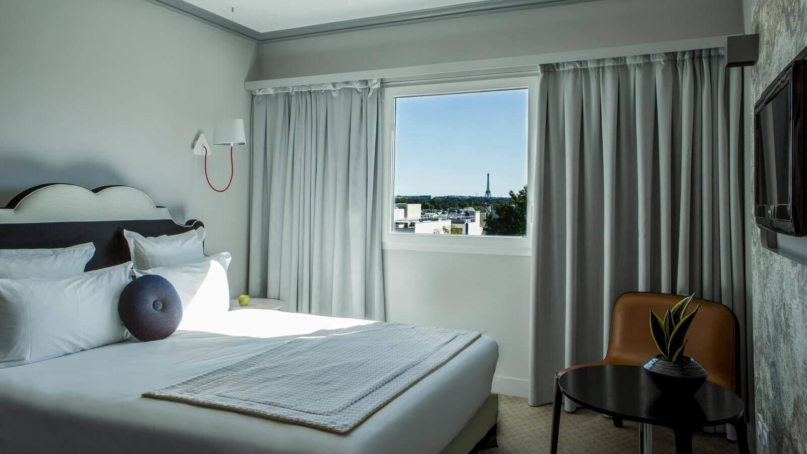 Atrium Hotel Suresnes - Zimmer